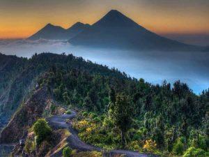 guatemala volcan pacaya voluntariado internacional