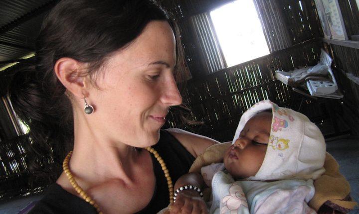 volunteer humanitarian trips to india