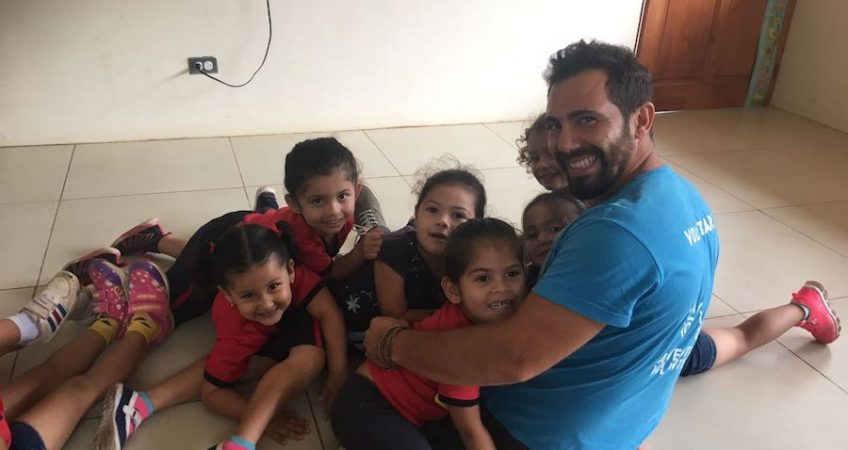 volunteering in africa with children