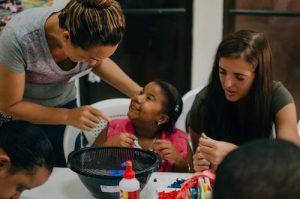 enseñanza con niños con habilidades diferentes en república dominicana