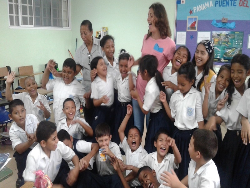 volunteer learning english costa rica