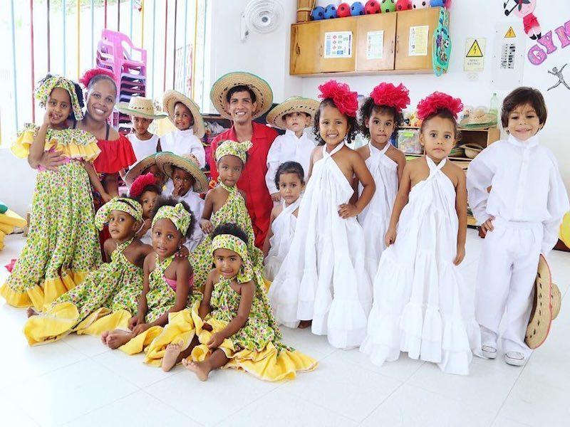 Voluntariado refuerzo escolar en Colombia