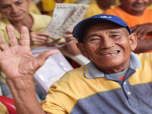 enseñanza voluntariado con adultos mayores colombia cartagena