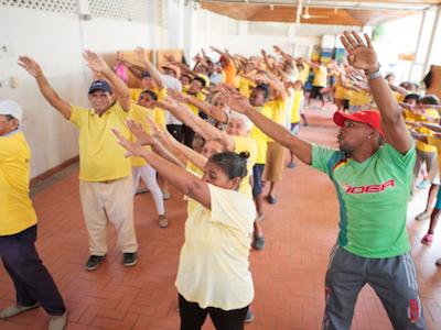 voluntariado cartagena colombia con adultos mayores