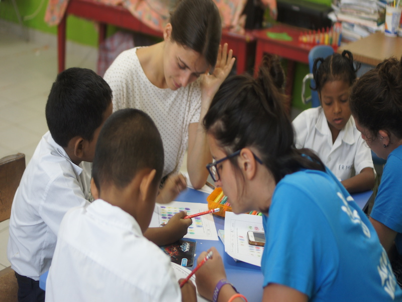 volunteer-international-children