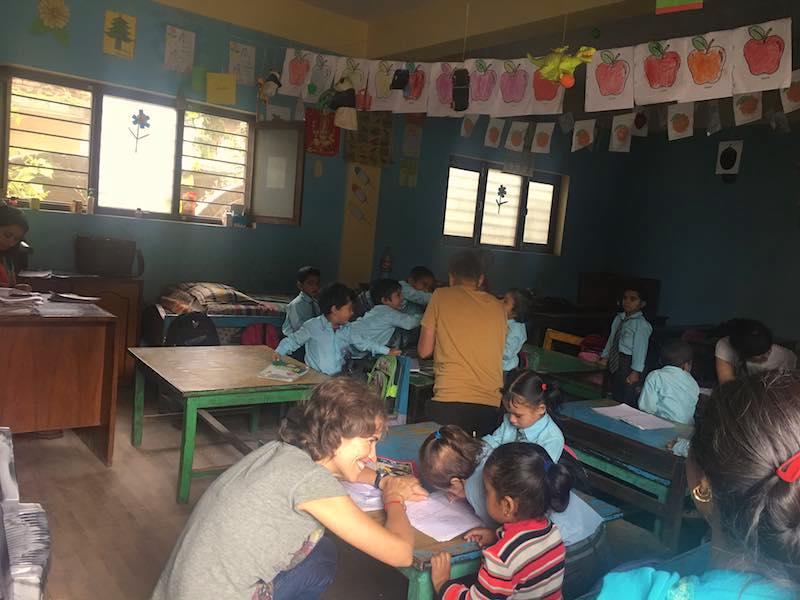 cuido de niños nepal