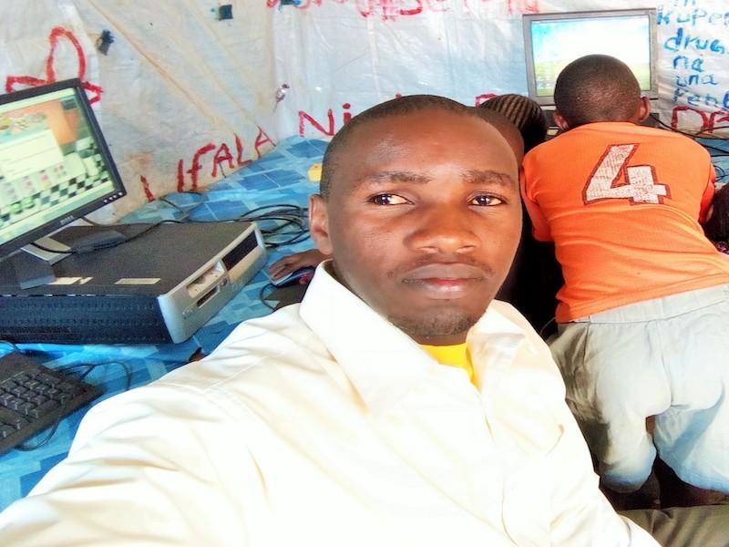 Joshua coordinador en Kenia