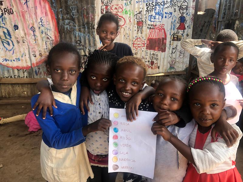 enseñando en Kenia