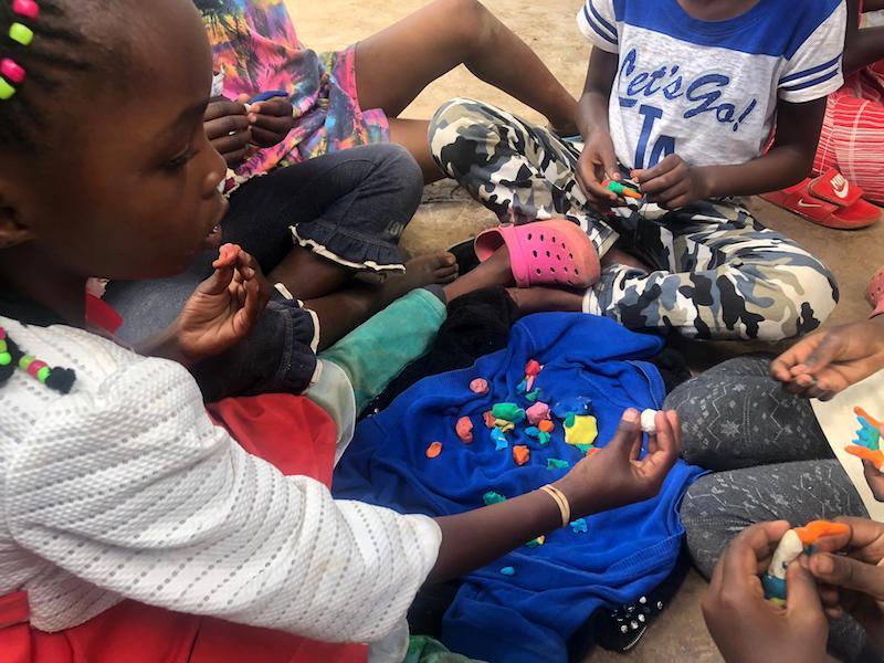 juegos con niños en kenia