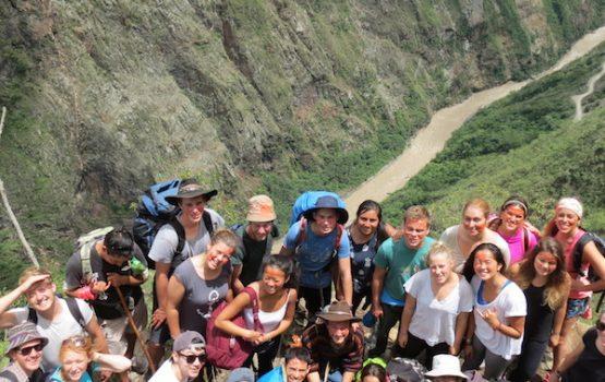 Voluntarios en perú