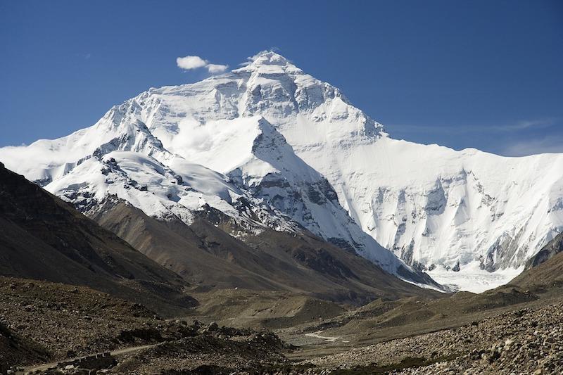¿Qué precauciones básicas de seguridad debo tener en Nepal?