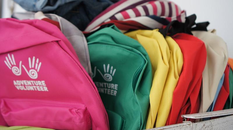 mochilas-donadas-proyecto-adventure