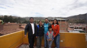 familia de Cusco voluntariado