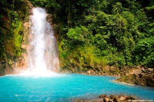 rio celeste costa rica voluntariado internacional