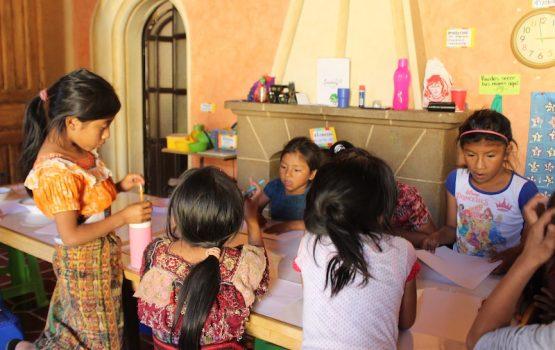 Apoyo extraescolar en Guatemala