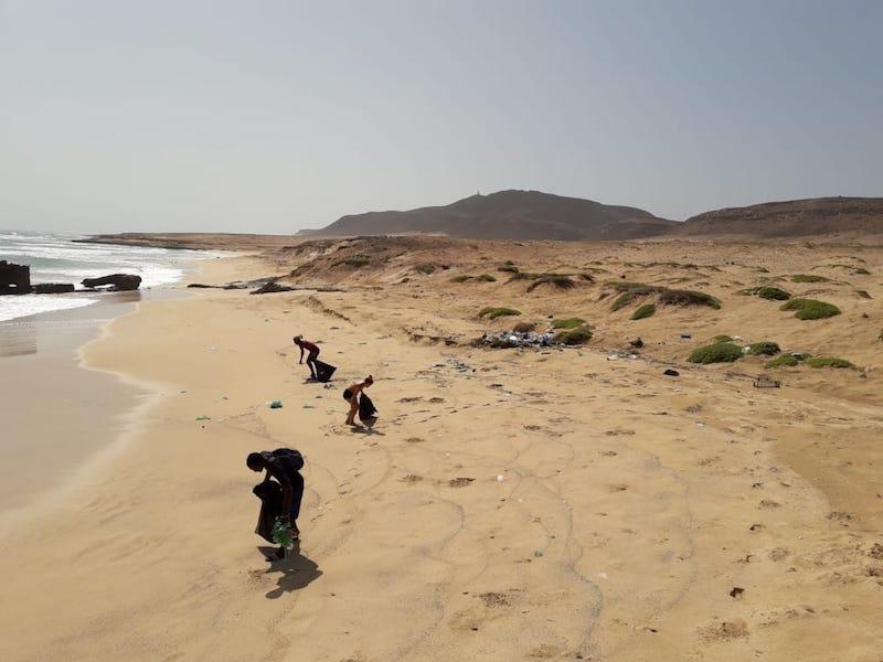 limpieza de playa cabo verde