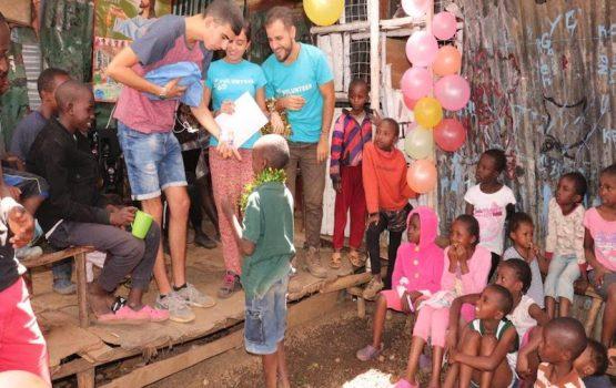 viaje solidario a Kenia